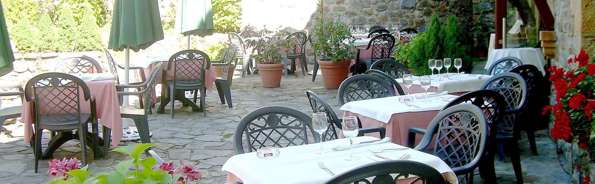 Hotel Cosgaya - EDIT_terrace2.jpg