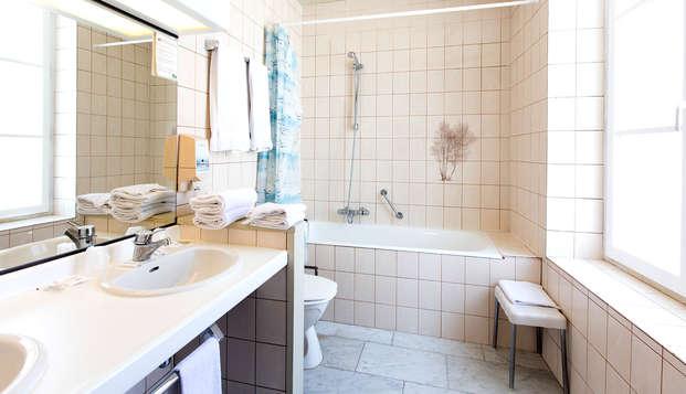 Europ Hotel - Bathroom