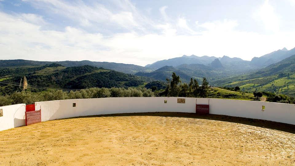 Hotel Cortijo Salinas - Edit_View2.jpg