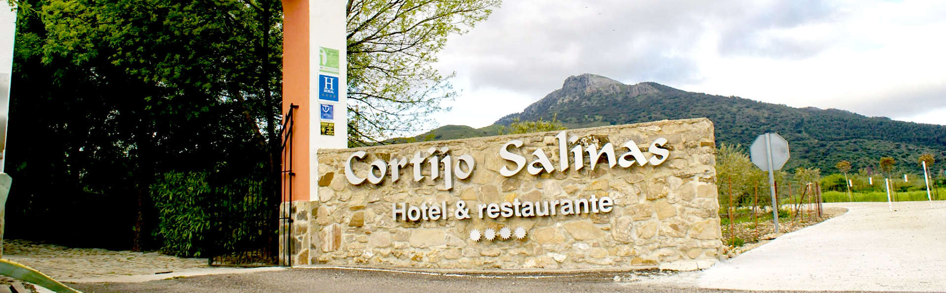 Hotel Cortijo Salinas - Edit_front3.jpg