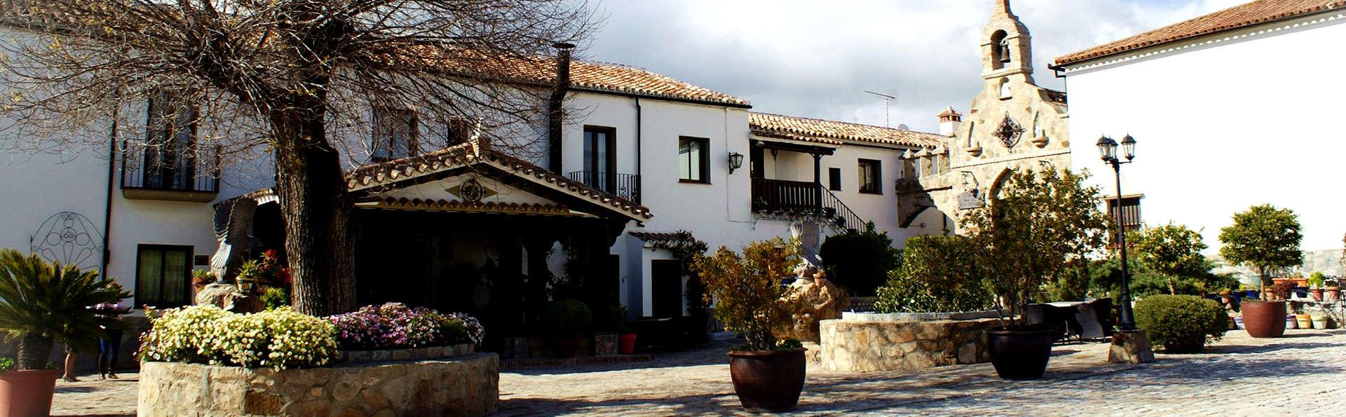 Hotel Cortijo Salinas - Edit_Front.jpg
