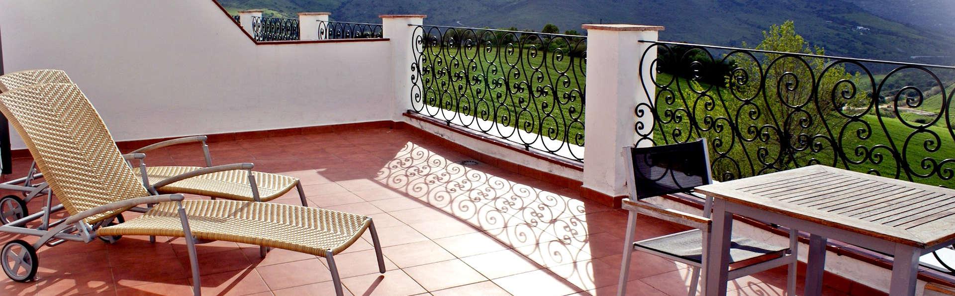 Hotel Cortijo Salinas - Edit_Terrace4.jpg