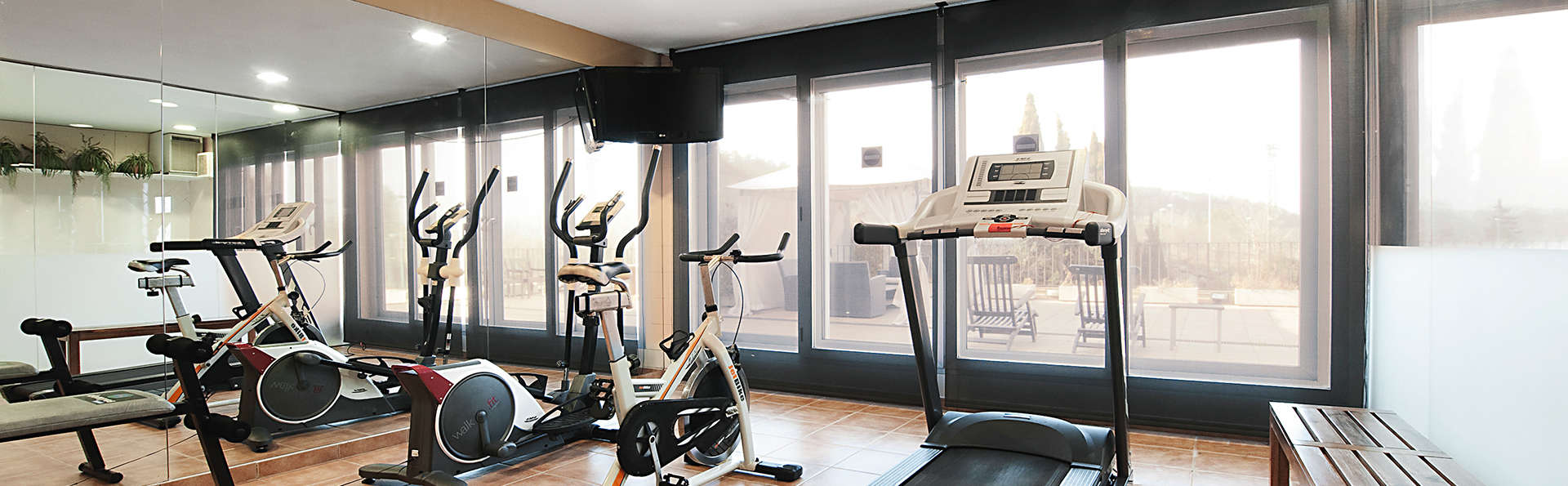 Hotel Costabella - EDIT_gym.jpg