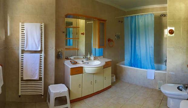 Hotel Cruz de Gracia - bath