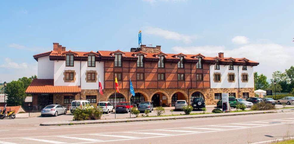 Hotel cueli 3 viveda espagne for Reservation hotel en espagne gratuit