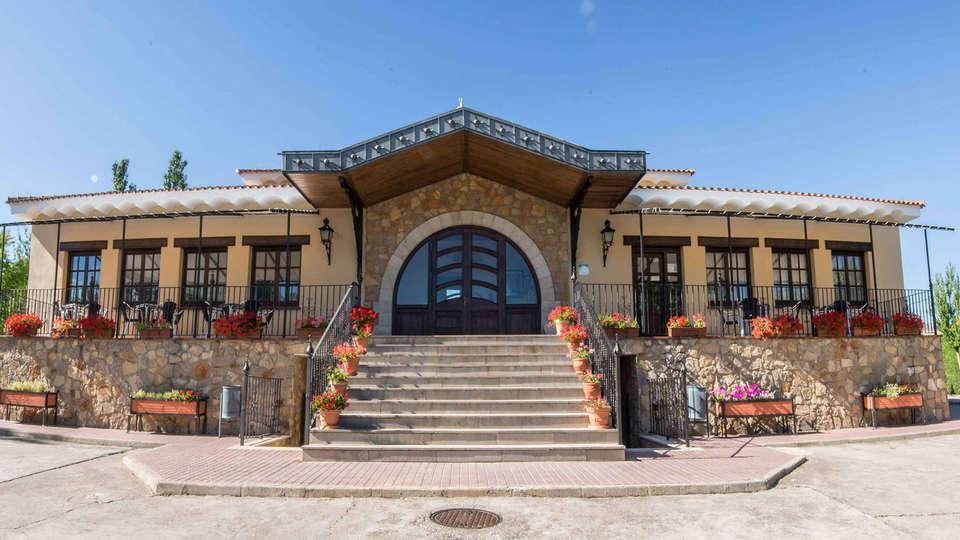 Hotel de Montaña Rubielos - EDIT_front.jpg