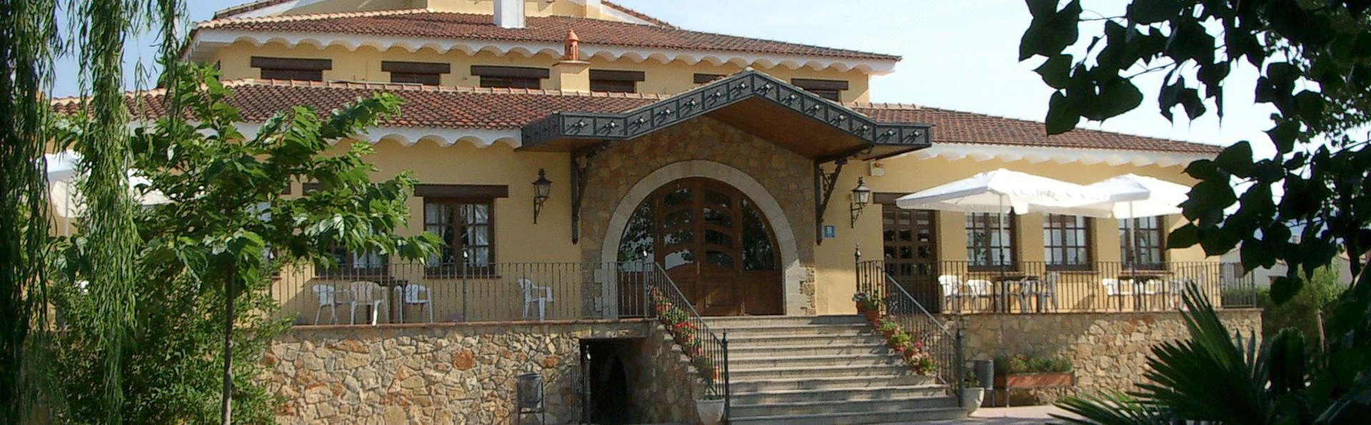 Hotel de Montaña Rubielos - EDIT_front2.jpg
