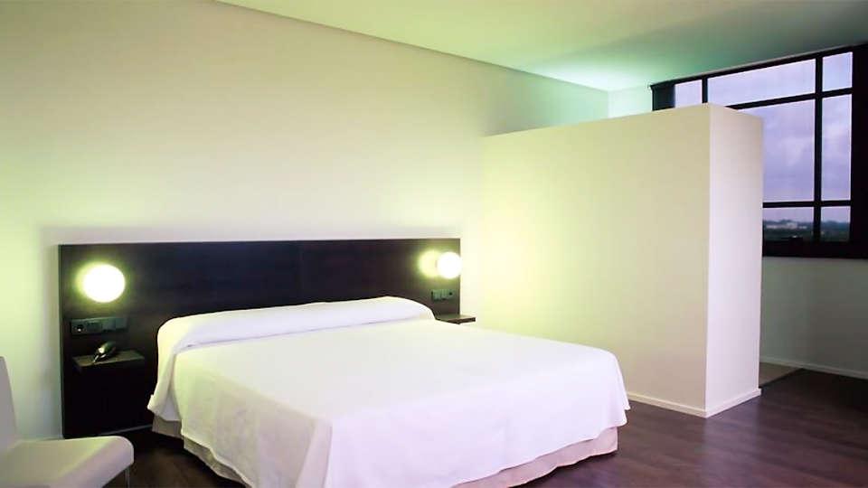 Hotel Duomo - EDIT_room1.jpg