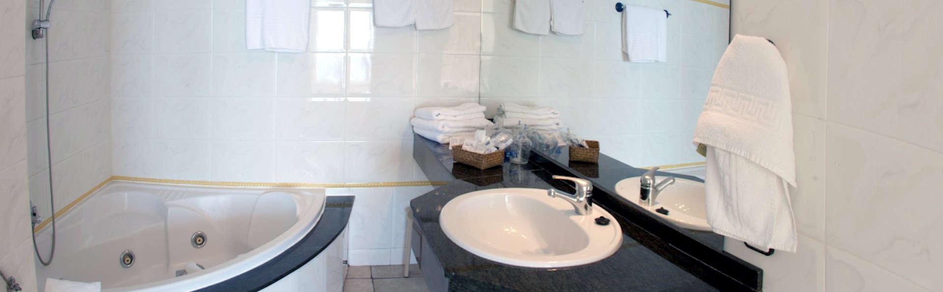 Hotel Eden Roc - EDIT_NEW_BATHROOM.jpg