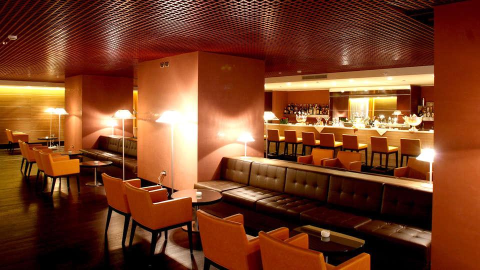 Golden Tulip Plaza Caserta - Edit_Bar.jpg