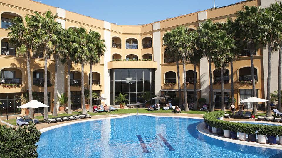 Hotel Duque de Nájera - EDIT_pool1.jpg