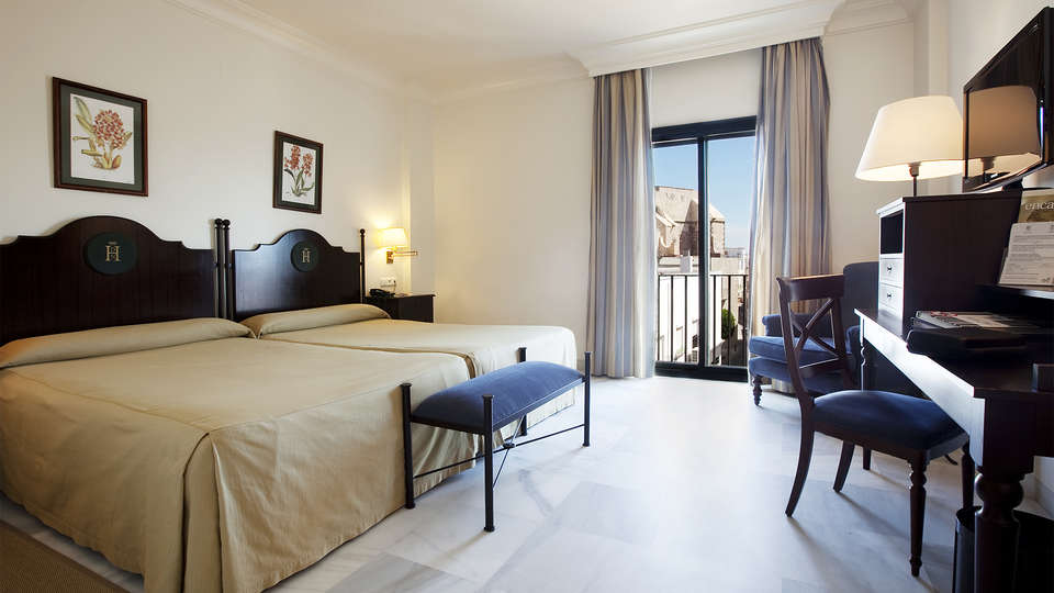 Hotel Duque de Nájera - EDIT_room1.jpg