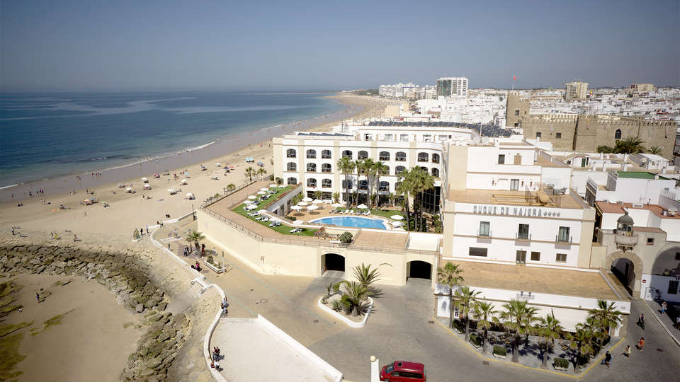 Hotel Duque de Nájera - EDIT_view2.jpg