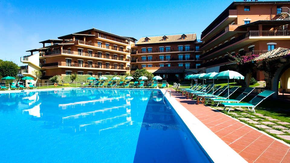 Golden Tulip Marina di Castello Resort - Edit_Pool.jpg