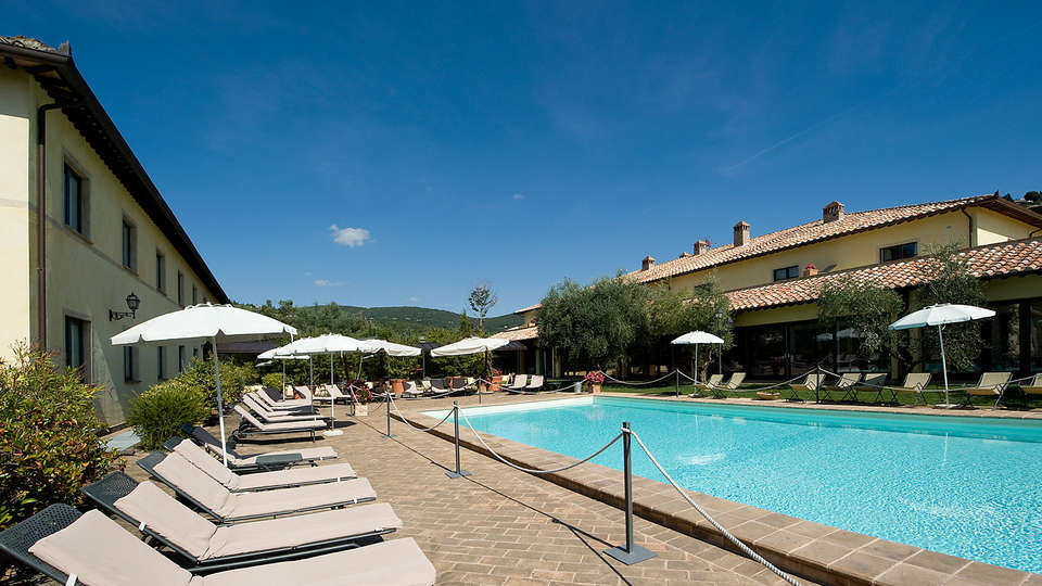 Relais Dell'Olmo - Edit_Pool4.jpg