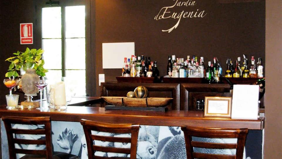 Hotel El Jardín de Eugenia - EDIT_bar1.jpg