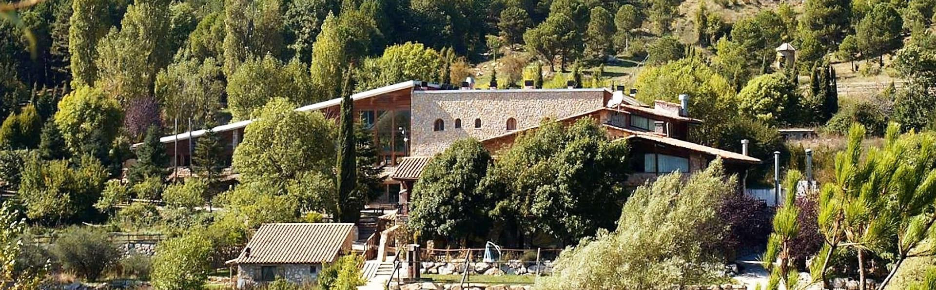 Hotel El Jou - EDIT_front1.jpg