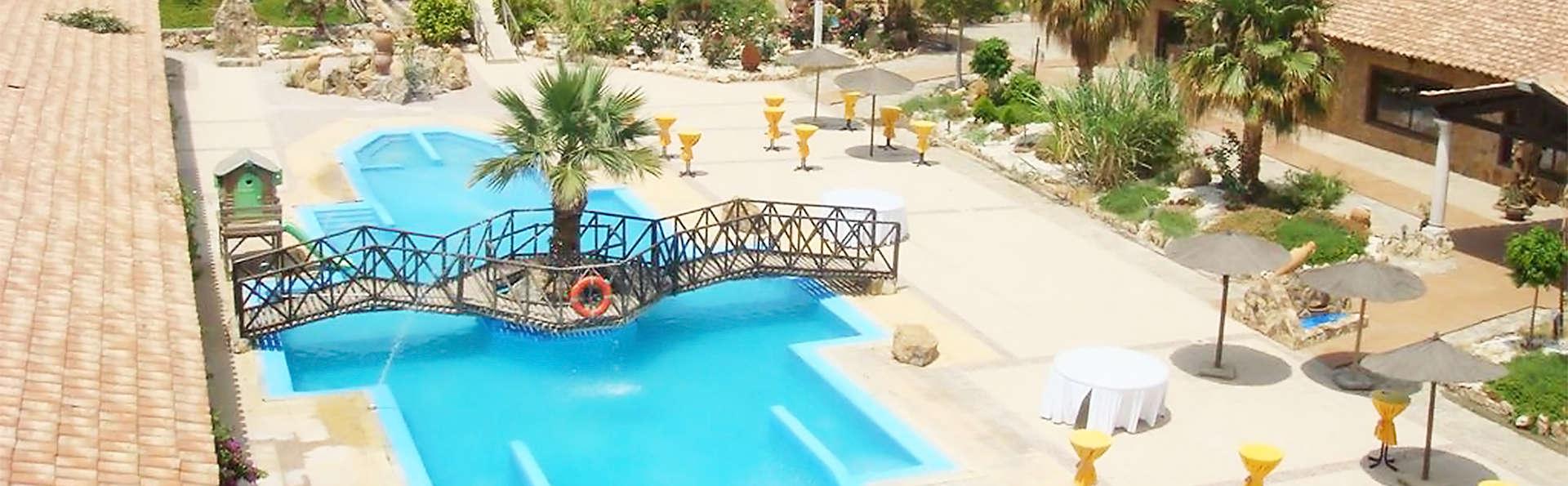 Águilas Hotel Resort  - EDIT_pool4.jpg