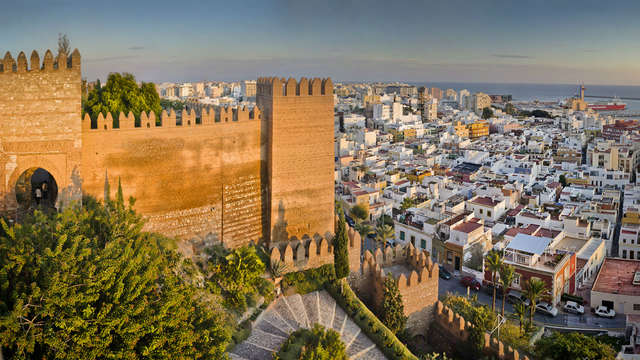 Escapada en alojamiento y desayuno en el casco histórico de Almería