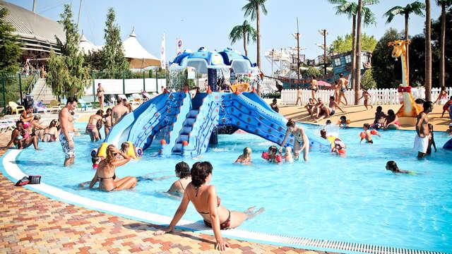 En la Costa Azul con entradas para el parque acuático Aquasplash