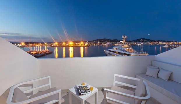 Vacances sous le soleil des Baléares en chambre supérieure à Ibiza