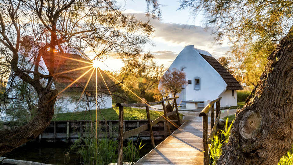 Auberge Cavalière du Pont Des Bannes  - EDIT_NEW_front3.jpg