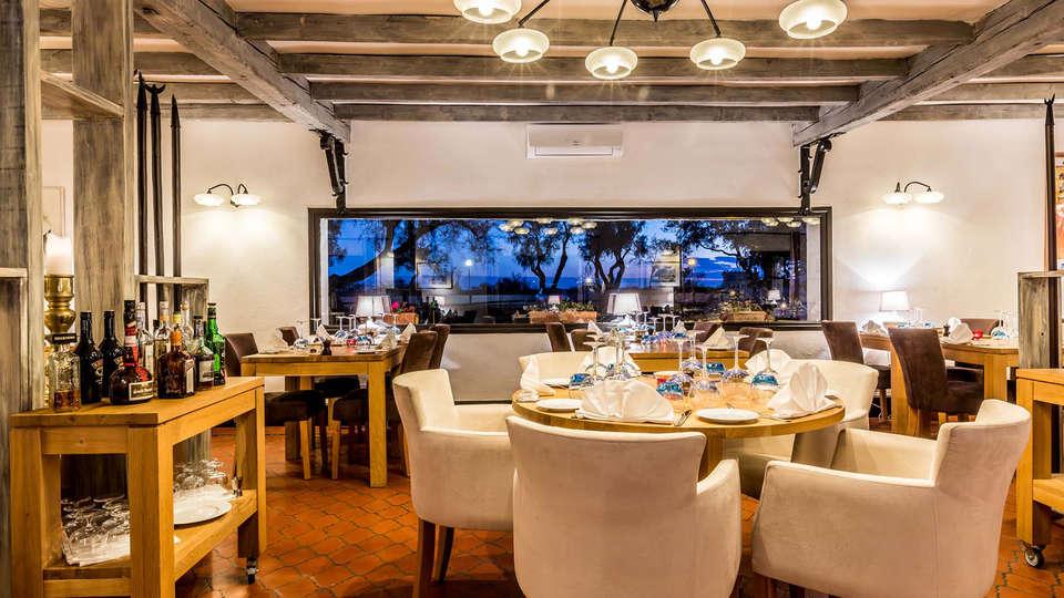 Auberge Cavalière du Pont Des Bannes  - EDIT_NEW_restaurant1.jpg