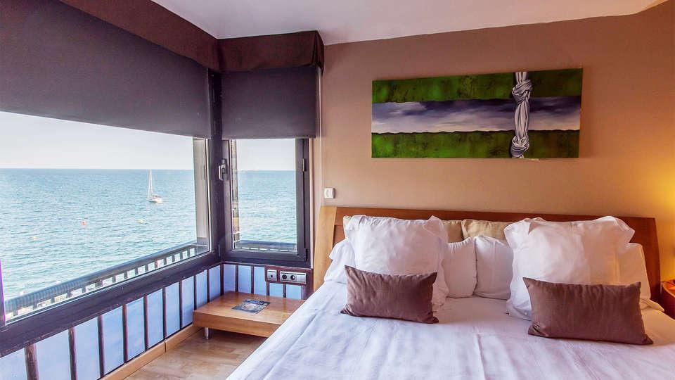 Hotel Estela Barcelona - EDIT_room5.jpg