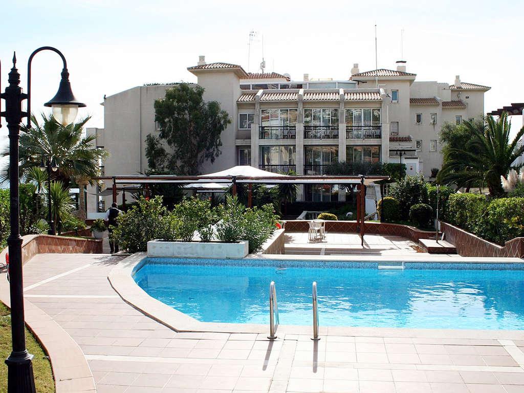 Séjour Espagne - Romantisme sur le front de mer avec visite d'un musée impressionniste dans un 4* à Sitges  - 4*