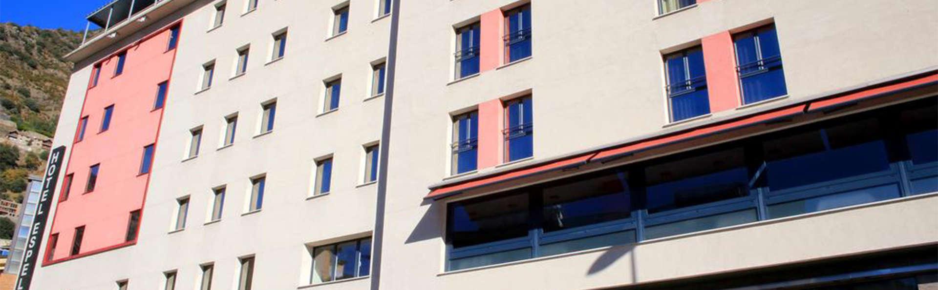 Hotel Espel - EDIT_front1.jpg