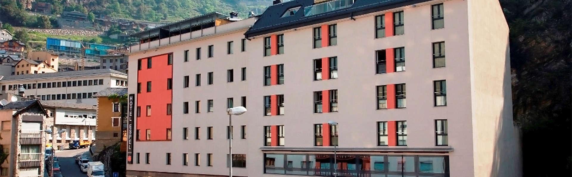 Hotel Espel - EDIT_front5.jpg