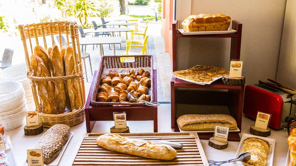 Le Domaine de la Petite Isle - Luberon - edit_new_breakfast5.jpg
