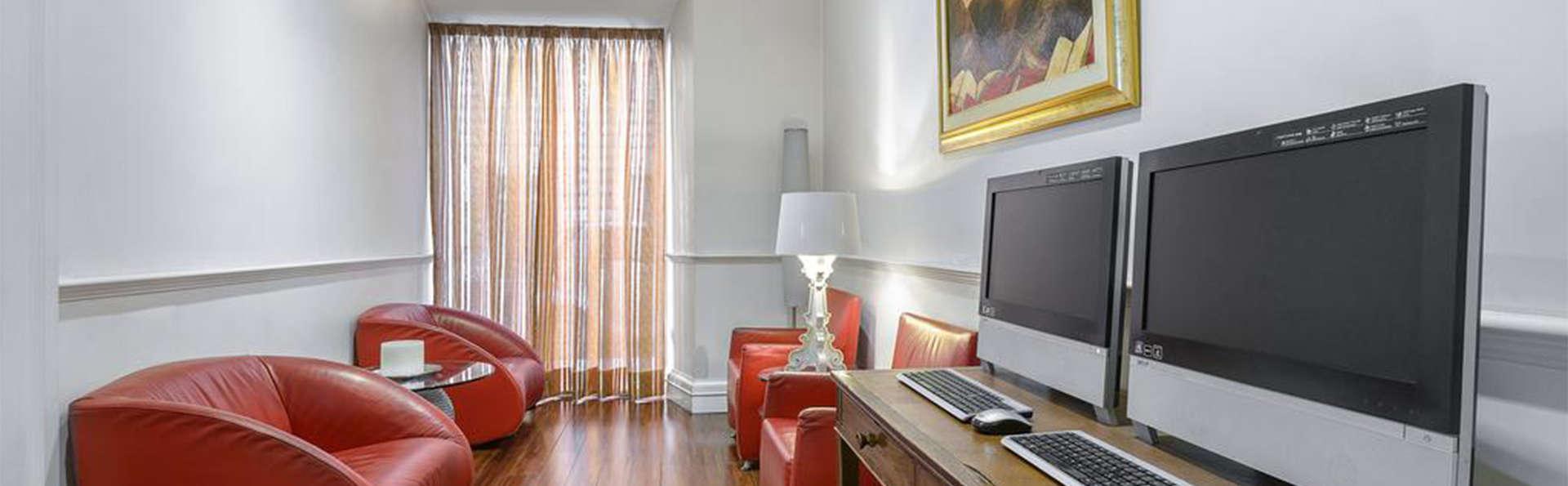 Gambrinus Hotel - EDIT_lobby2.jpg
