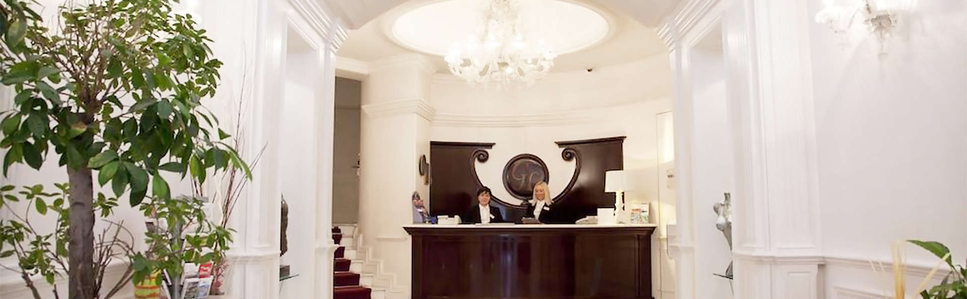 Gambrinus Hotel - EDIT_reception1.jpg