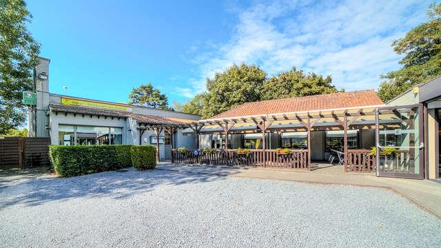Logis Hotel - Restaurant des Acacias