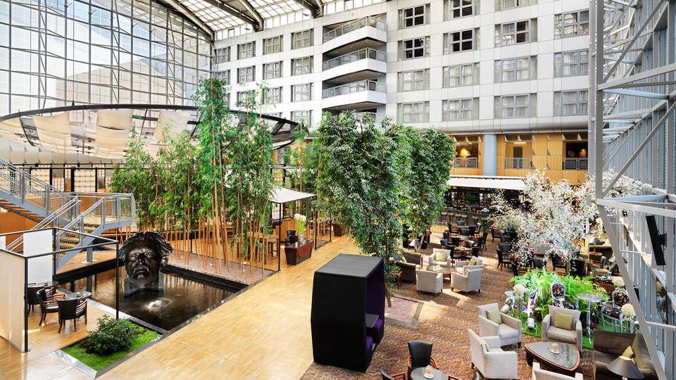 Hyatt Regency Paris-Charles de Gaulle - EDIT_lobby1.jpg