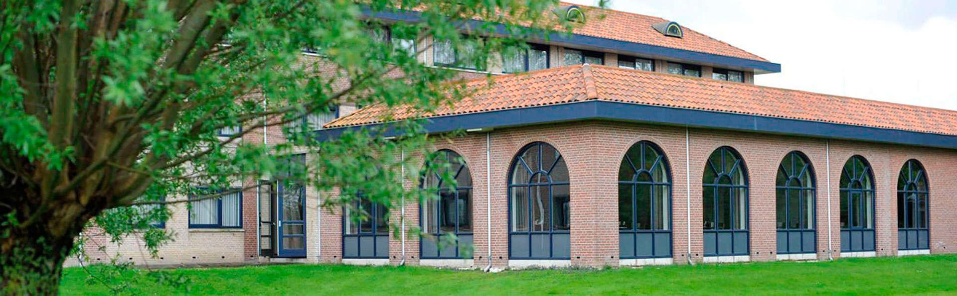 Hotel Port of Moerdijk - EDIT_NEW_front.jpg
