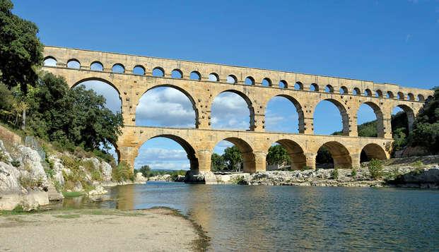 Calme dans un cadre verdoyant près du Pont du Gard