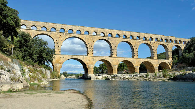Week-end en famille ou entre amis à 2 min du Pont du Gard