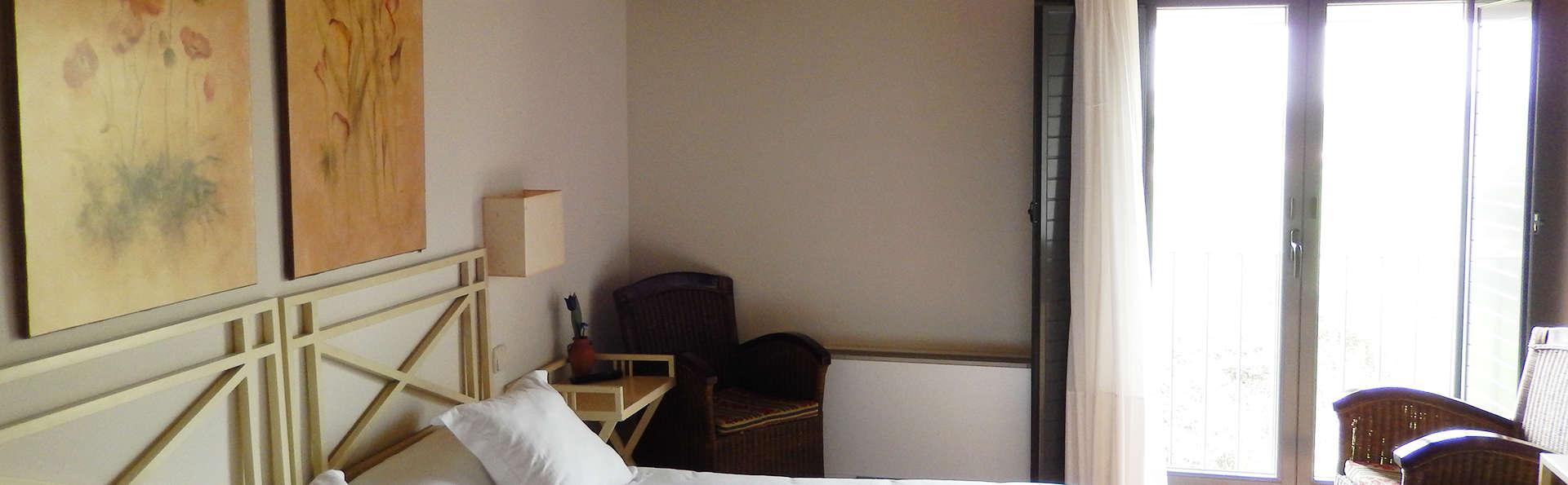 Hotel El Turcal - EDIT_room10.jpg