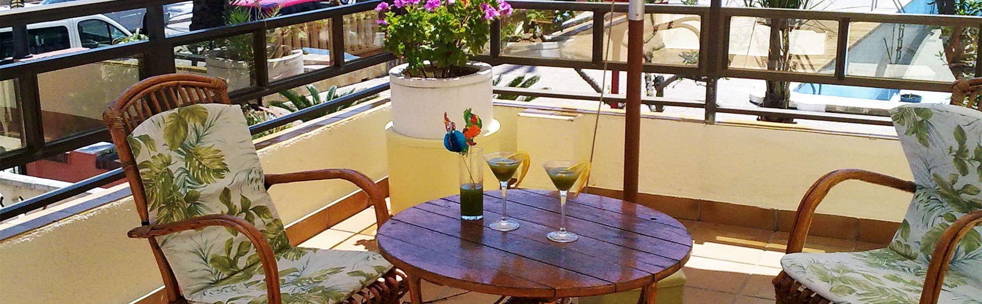 Hotel Felipe II - EDIT_terrace1.jpg
