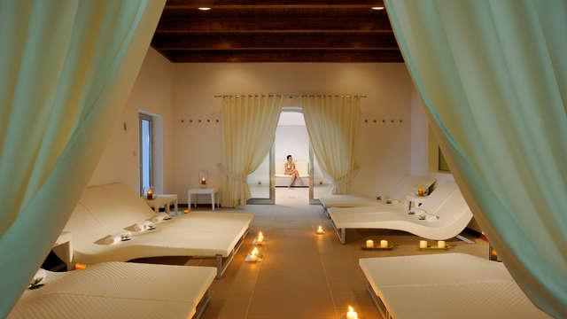 Weekend di coppia ad Alberobello: in hotel 4* con spa, kit e un massaggio a persona