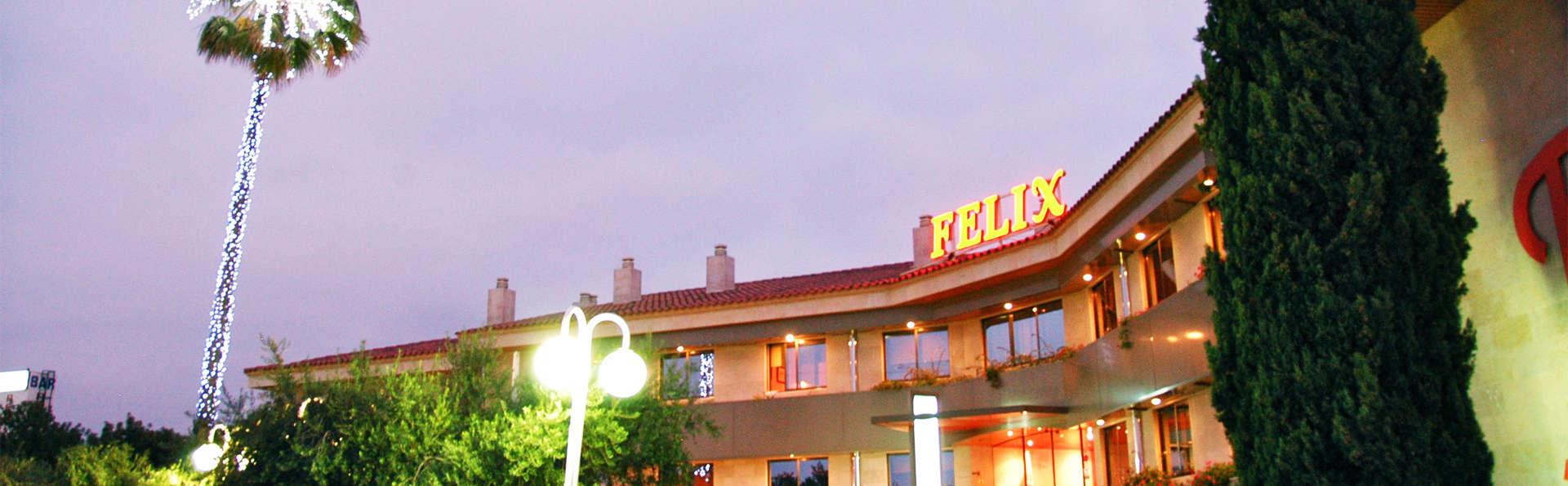 Hotel Felix - EDIT_front2.jpg