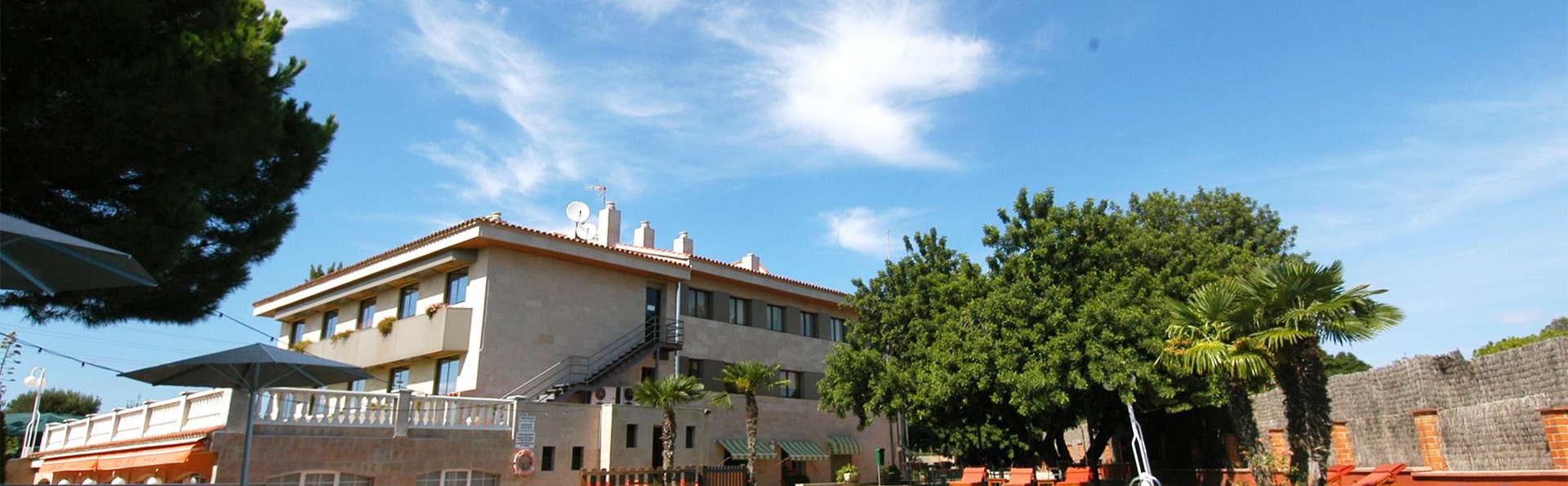 Escapade détente avec jacuzzi, dîner et cinéma à Valls