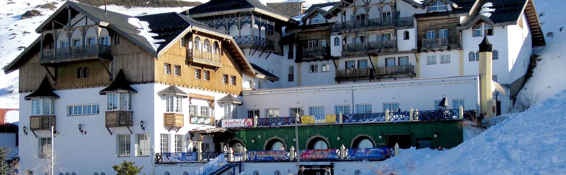 Hotel GHM Monachil - Edit_Front4.jpg