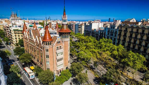 Descubre Barcelona y visita la casa de les Punxes