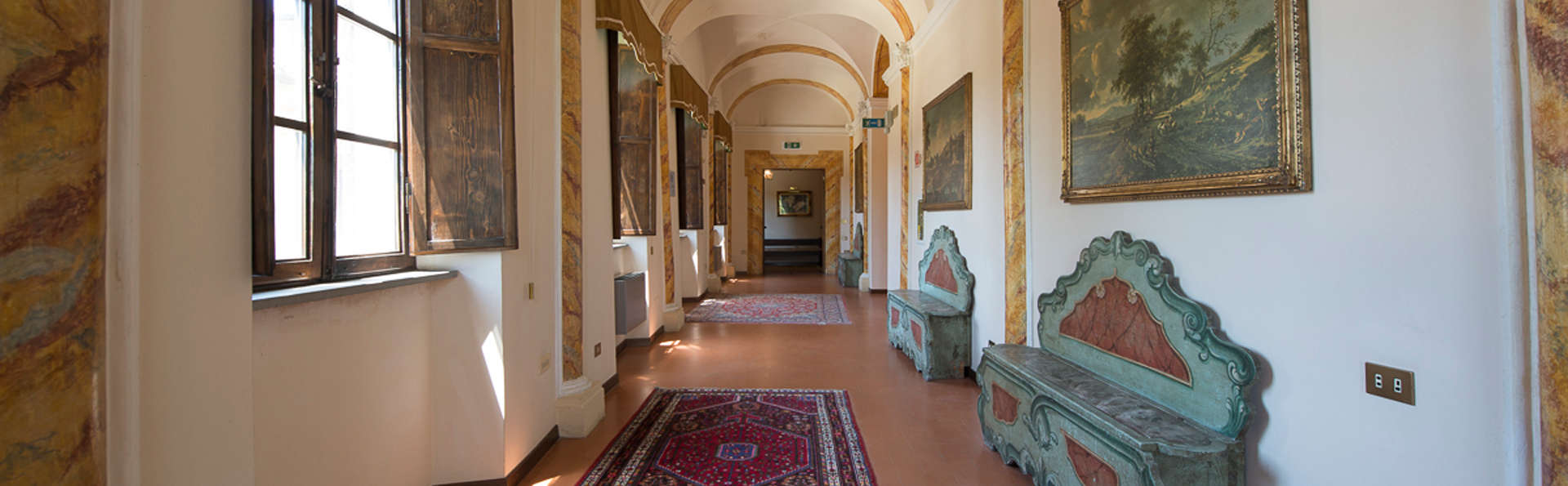 Hotel Villa Montegranelli - edit_hall2.jpg