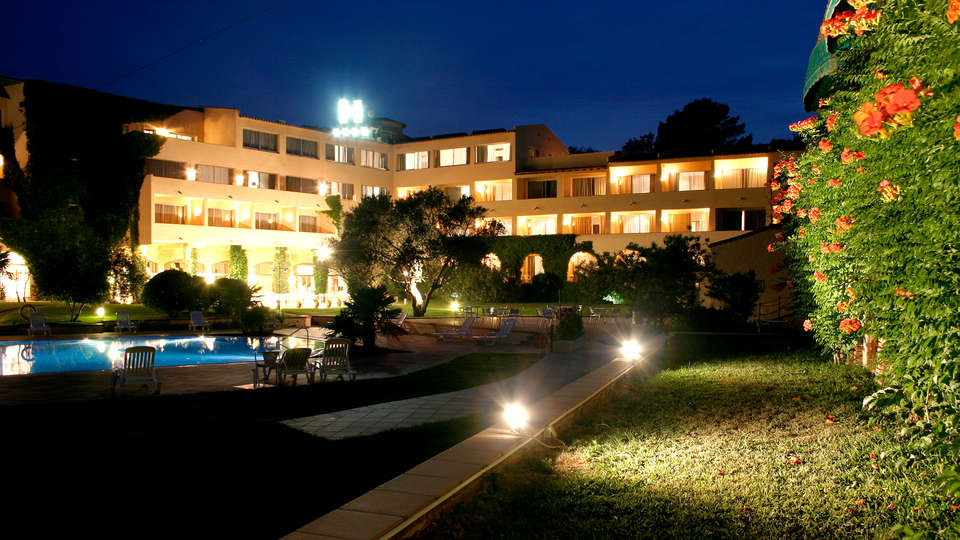 Hotel Golf Costa Brava - Edit_Front.jpg