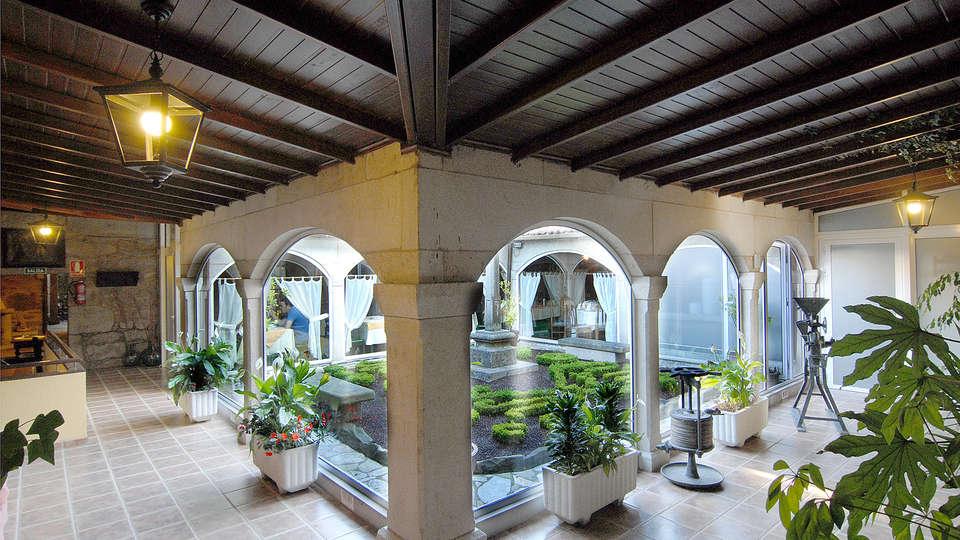Hotel Gastronómico Casa Rosalía - EDIT_interior1.jpg
