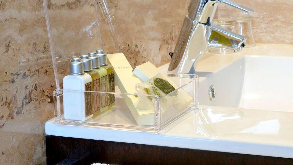 Hotel Gastronómico San Miguel - Edit_Bathroom.jpg
